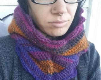 Pretty Striped Crochet Cowl Neckwarmer