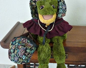 Frog Stuffed Animal #CC160/Flora Tapestry Hat and Shopping Bag Ganz Cottage Collectible