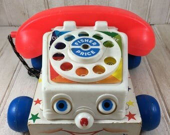 Fisher Price queen Chatter Telephone Pull Toy