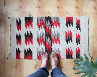 "vintage navajo rug, small American Indian rug, happy and worn rustic rug 3'2"" x 1'8"""