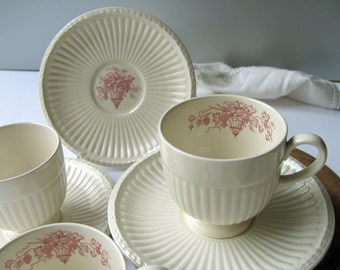 5 Vintage Wedgwood Edme Cups Saucers Red Fruit Basket Grapes England White Wedgwood Cups Tea Demitasse Ribbed Excellent Original Set All 5