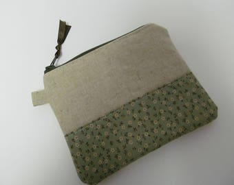 "Zipper Pouch/4""x5""/Linen x Small Flower x Dark Green Zipper"