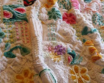 Adorable vintage chenille baby quilt, small throw, crib quilt, baby blanket, chenille bedspread, baby shower gift, nursery decor