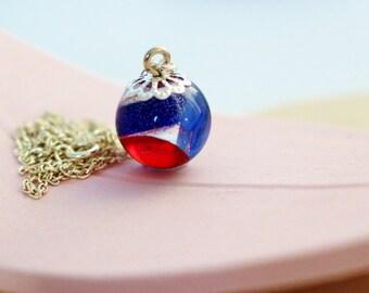 Scottish Necklace with Sea Glass Gems, Scottish Sea Glass Necklace, Resin Necklace, Dainty Necklace, Scottish Gift