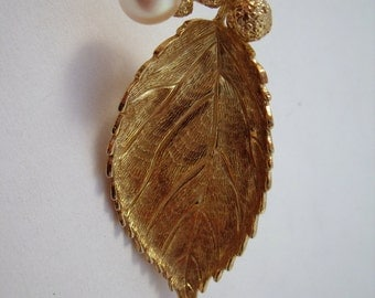 Grosse Leaf and Pearl brooch