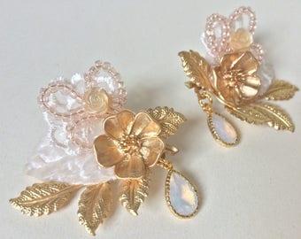 Bridal hair clips, pair of hair clips, bridesmaids hair clips, floral clips - 'Tammi'