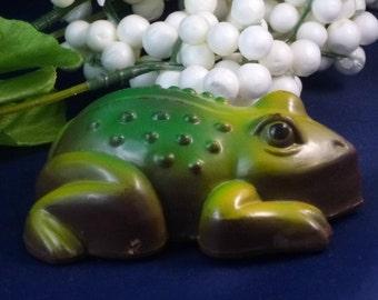 Vintage Plastic Frog Friction Toy, 1960s