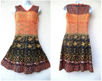 1960s Scooter DRESS. Mod Dress. Psychedelic Dress. 1960s Mini Dress. Fit And Flare Dress. Day Dress. Modest Cut Dress. Psychedelic Print  S