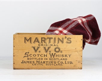 Whiskey Crate, Scotch Whiskey Wood Crate, Vintage Martin's VVO Scotch Whiskey Wood Crate, Vintage Alcohol Crate, Scotch Whiskey Wood Box
