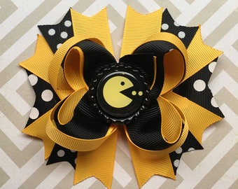 Pacman Hair Bow || I love the 80's ||Pacman || Retro Hair Bows || 80's Party || Gamer Girl || ComicCon || Video Game Bow || Pacman Party