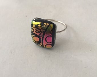 Silver ring etched fused dichroic glass, hot pink and gold spirals and bubbles, can be made any size