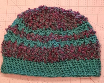 MESSY BUN - PONYTAIL hat / beanie - crochet, acrylic yarn, boucle yarn, turquoise, plum and teal - pull on, casual hat, elastic ponytail