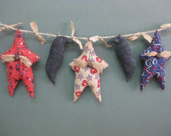 Primitive Crow & Star Garland - 3 Americana Grungy Fabric Stuffed Stars and 2 Crows - Primitive July 4th - Patriotic Garland -Red White Blue