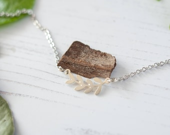 Silver Leaf Necklace, Silver Leaf Choker, Botanical Jewellery, Botanical Choker, Bud Necklace, Leaf Charm, Nature Jewellery, Leaf Pendant