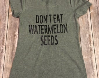 Free Shipping - Pregnancy tee - pregnancy announcement - Dont Eat Watermelon Seeds
