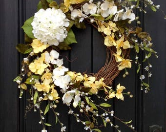 Spring Wreath- Summer Wreath- Grapevine Door Wreath Decor Yellow White Wispy Branches Floral Door Decoration Indoor Outdoor Decor