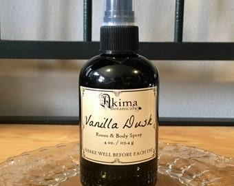 VANILLA DUSK Room & Body Spray 4oz ~ vanilla, egyptian musk, sandalwood ~ Free from alcohol, parabens, preservatives ~ For home, office, car
