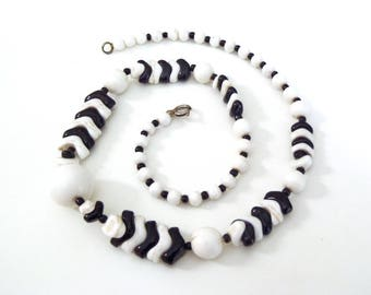 Vintage 1930s Art Deco Black and White Czech Glass Bead Necklace Opaque White and Black in Various Shapes and Sizes Made in Czechoslovakia
