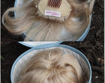 Vintage Wig Box with Wiglet