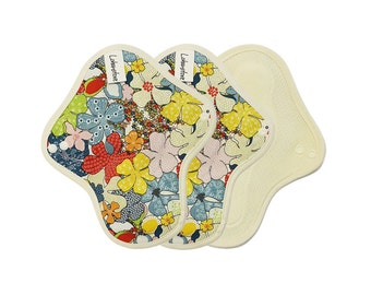 "8"" Pure Cotton Reusable Cloth mama pads / Cloth menstruation pads for period / cloth pads set / cloth pads starter- 3 Light day pads (Maple)"