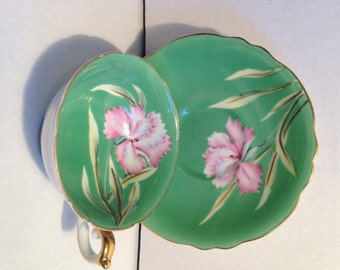 Occupied Japan tea cup and saucer - Chugai China teacup & saucer - green pink flower floral - At Everything Vintage the shipping's on us!