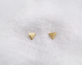 Tiny triangle stud earrings, gold triangle studs, silver triangle studs, simple geometric stud earrings