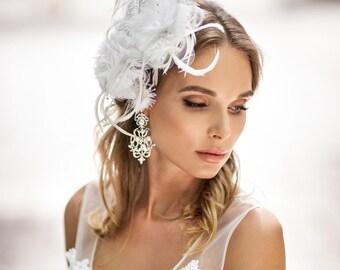 Victorian style veil. Vintage style bridal veil. Huge exquisite wedding fascinator. Gold lace flower veil.  Royal Wedding hat. Royal wedding