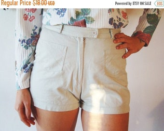 SALE Vintage 80's High Waisted Shorts with pockets