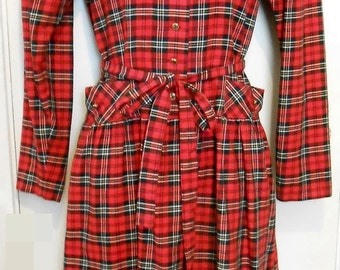 Black Friday Lanz/Plaid/Holiday/Dress/70s/Baby Doll/Tartan/School Girl/Size 8