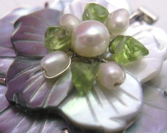 Motherr  of Pearl Flower and Freshwater Pearl Clasp