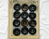 Nouveaute Button Card-Vintage Brown Buttons