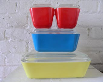 Vintage Pyrex Refrigerator Dishes - Primary Colors