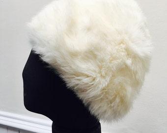 Vintage 1960s White Genuine Fur Ladies' Hat