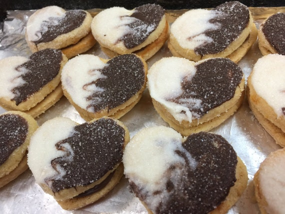 Oma Gisi's Nougat & Truffle filled sandwich cookies (Box of 24)