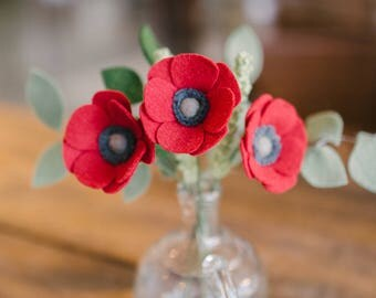 Single Stem Felt Poppy