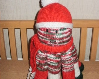 Red Mix Hand Knitted Octopus