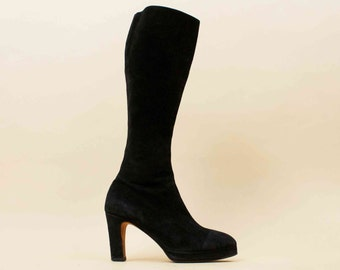 60s 70s Vtg Black Soft SUEDE Leather Pointed Toe Platform Knee High Boots / rare GoGo Pin Up Vixen
