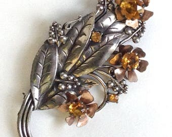 Art Nouveau Brooch Floral Topaz Rhinestone