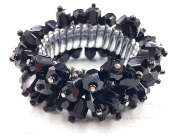 Vintage Black Glass Cha Cha  Bracelet Expandable Beaded Bracelet Signed Japan