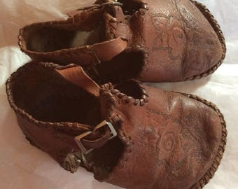 LEATHER BABY SHOES, vintage, hand made, toddler, tooled, wear, display