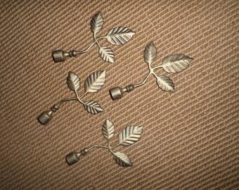 finials four metal curtain rod paintmint
