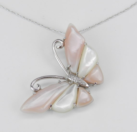 """Diamond and Mother of Pearl Butterfly Pendant White Gold Necklace Chain 18"""""""