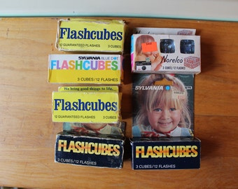 Vintage Mixed Set Flashcubes Never Used