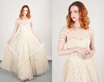 50s Whimsical Lace Gown Vintage Light Cream Whimsical Chiffon Dress