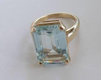 Large 1940s-50s 14k Natural aquamarine ring
