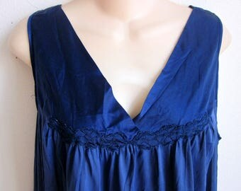 Vintage nylon nightgown blue free bust Vanity fair waltz length  L
