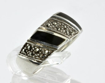 Vintage Statement Ring - 925 Sterling Silver Jewelry - Black and Marcasite Stones - Size 7.75 - Black and Silver Ring