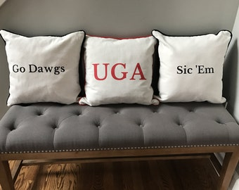 Set of 3 UGA Linen canvas Pillows (18x18)