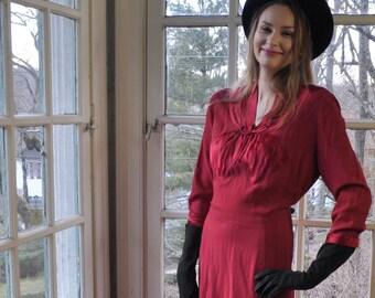 Vintage Ruby Red Silk Appliqué Dress/Vintage 1930s/Size Medium Large