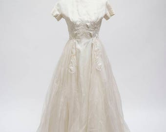 Vintage Wedding Gown with Sleeves (AS IS)